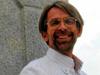 """<strong>Andreas Lohaus</strong><br /> """"Virtuelle Realität – Die neue VR-Brille Oculus Rift küsst Dornröschen wach""""<br /><br />  Andreas Lohaus wurde 1964 in Dortmund geboren und studierte Jura in Berlin. Sein Examen machte er in Köln und arbeitete als Kommunikationswirt in Bonn sowie als Manager im Bereich Marketing. Seit 2003 ist er geschäftsführender Gesellschafter der art.fair International GmbH sowie seit 2006 Gesellschafter der G+J Art Events GmbH. Im Rahmen seines Vortrags wird er die digitale Brille Oculus Rift vorstellen und den Besuchern die Möglichkeit geben, sie selbst auszuprobieren."""