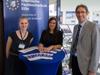 Mitarbeiterinnen des Organisationsteams zusammen mit dem Präsidenten der Hochschule Prof. Dr. Wilfried Saxler