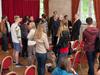 Nach dem Vortrag standen die Besucher Schlange, um sich mit Dirk Müller fotografieren zu lassen ...