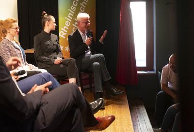 Achim Donner – Personalberater und Headhunter für Personal beantwortet Publikumsfragen.